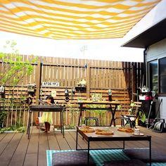 sachiさんの、IKEA,ストライプ,ウッドデッキ,バーベキュー,アウトドア,ストライプ柄,植物,玄関/入り口,のお部屋写真 Backyard, Patio, Outdoor Living, Outdoor Decor, Diy Interior, Garden Styles, Dream Garden, Plant Decor, Decoration