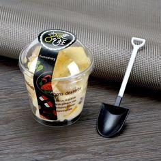 Yogurt Packaging, Jar Packaging, Dessert Packaging, Bakery Packaging, Food Packaging Design, Beverage Packaging, Ice Cream Packaging, Coffee Packaging, Bon Dessert