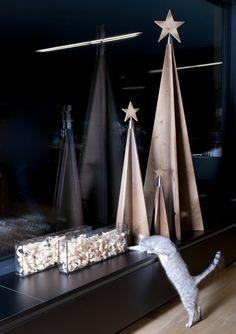 Stil Fichte mit Holzspänen Christmas Decorations, Christmas Tree, Table Decorations, Minimalist, Furniture, Home Decor, Xmas, Christmas, Teal Christmas Tree