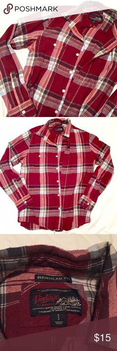 Old Navy Vintage Flannel 🍁 Men's small flannel in great condition 🍁 Old Navy Shirts Casual Button Down Shirts