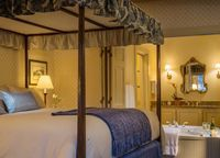 Explore our beautiful city with a Stowe hotel loyalty program. Some hotels and cities simply feel like home when you visit on a frequent basis. Make Stowe, Vermont, your home away from home with our Green Mountain Inn Loyalty Program. Our gorgeous location is full of exciting attractions year-round, from...