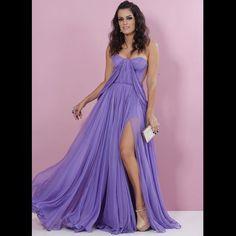 Ready  De vestido Maria Lucia Hohan que eu AMO de paixão para @maresmguia  #prêmiogeraçãoglamour / Foto do meu  @leofaria by blogdamariah
