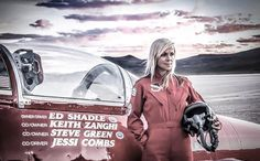 Jessi Combs, a well-known automotive personality and racer, died yesterday while attempting to beat her own land-speed record on the dried lake bed of the Alvord Desert in Oregon. Jessi Combs, Steve Green, Supersonic Speed, Used Car Prices, Women In History, Jessie, The Dreamers, Oregon, Fighter Jets