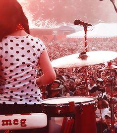 Meg White - White Stripes ...