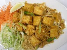 Tofu Pad Thai Thin Rice Noodles Stir Fried With Egg