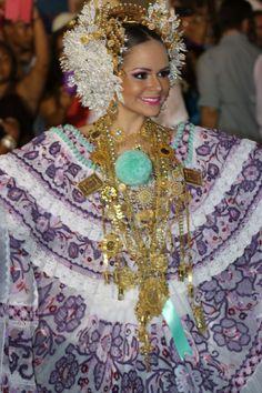 Gabriela-Alejandra-Garrido-Calle-Tablas_MEDIMA20140305_0079_23.jpg 640×960 pixels