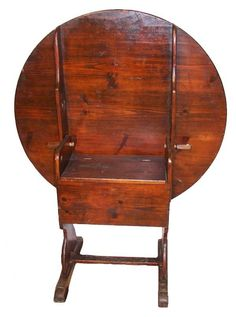 Early 19th C. round pine hutch table w/shoe foot : Lot 786