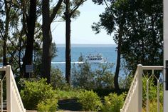 ORION BEACH HOUSE Jervis Bay, a Jervis Bay WATERFRONT BEACH HOUSE | Stayz