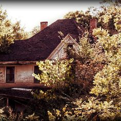 """""""Hiwasse House"""" by Charlie Bookout - 2006 / digital photography"""