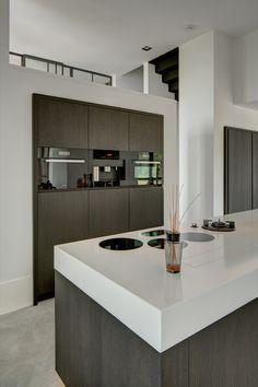 RMR interieurbouw - Puur - Hoog ■ Exclusieve woon- en tuin inspiratie.