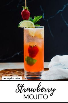 This strawberry mojito recipe is fresh and minty, with a sweet berry flavor! Fresh berries take this classic cocktail to a whole new level. | alcoholic drinks | drinks | cocktails | rum drinks | mint cocktails | strawberry cocktail | mojito recipe | summer cocktails | #strawberry #strawberrymojito #mojito #mojitorecipe Best Summer Cocktails, Best Cocktail Recipes, Classic Cocktails, Fun Cocktails, Strawberry Cocktails, Strawberry Mojito, Mint Mojito, Fruity Mixed Drinks, Fruit Drinks