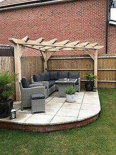 Backyard Gazebo, Backyard Seating, Backyard Patio Designs, Outdoor Pergola, Small Backyard Landscaping, Corner Landscaping Ideas, Corner Patio Ideas, Small Garden Pergola, Small Patio Design