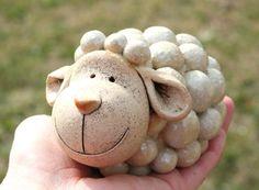 DIY Gifts, Garland, Birthday, Valentines Day, Pottery and Pottery Animals, Ceramic Animals, Clay Animals, Ceramic Pinch Pots, Ceramic Clay, Ceramic Pottery, Clay Art Projects, Polymer Clay Projects, Clay Crafts