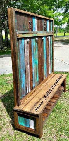 #woodworkingplans #woodworking #woodworkingprojects Wooden Pallets Made Customized Hall Tree – Pallets Ideas, Designs, DIY. (shared via SlingPic)