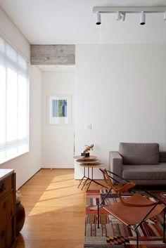 Apartamento YN by a:m studio de arquitetura | HomeDSGN, a daily source for inspiration and fresh ideas on interior design and home decoration.