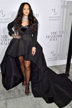 c2fc059a87 Rihanna Diamonds, Cardi B, Rihanna Fenty, Goth, Fashion Design, Beautiful  Women
