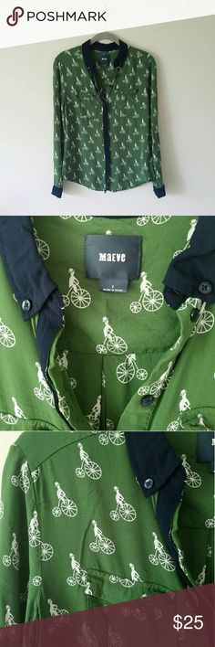 Anthropologie Maeve Bagatelle Buttondown -Rayon -Button front -Front pockets -Navy cuffs and collar -Beautiful bicycle pattern. Easy to dress up or down. Comfortable and breathable material. Worn only once. Fits true to size. Anthropologie Tops Button Down Shirts