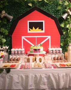 Barn backdrop at a farm birthday party! See more party ideas at… Farm Animal Party, Farm Animal Birthday, Farm Birthday, 3rd Birthday Parties, Birthday Ideas, Farm Themed Party, Barnyard Party, Farm Party, Birthday Backdrop