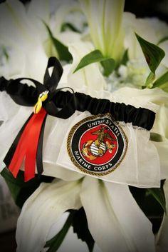 Marine wedding garter - I want! #timelesstreasure