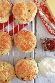 Best Ever Irish Scones - Thee only recipe you will need this St. Patrick's Day!