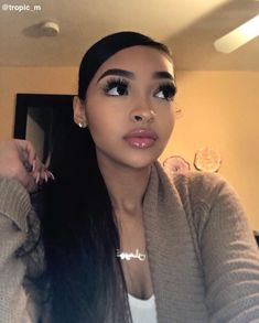 Lace Frontal Wigs Straight Wigs Straight Blonde Wig With Bangs Beauty Skin, Beauty Makeup, Hair Makeup, Hair Beauty, Beauty Care, Make Up Looks, Black Girls Hairstyles, Cute Hairstyles, Curly Hair Styles