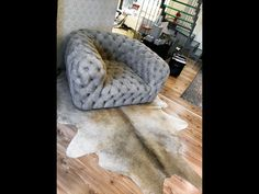 Fur Deco | leather padded chair