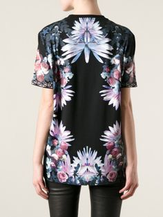 givenchy-black-floral-print-t-shirt-product-1-16927032-2-356594386-normal_large_flex.jpeg (450×600)