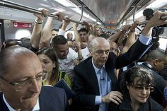 """Quero ver passar pela Sé às 7h - """"Folha de S.Paulo - Poder - Serra 'passeia' de trem às 13h e é cobrado a voltar em horário de pico - 17/08/2012"""""""