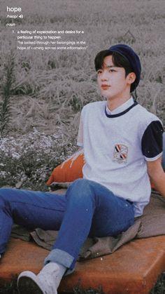 Yohan Kim, Night Aesthetic, Kpop Boy, First Photo, Boyfriend Material, South Korean Boy Band, Cute Wallpapers, Pretty People, My Boys