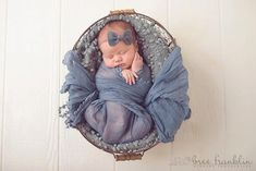 Newborn pose. Etsy listing at https://www.etsy.com/listing/158811985/gray-linen-and-mohair-bow-baby-flower