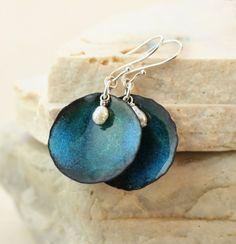 simple but pretty Blue enameled copper and pearl earrings by TekaandZoe on ArtFire Enamel Jewelry, Copper Jewelry, Jewelry Sets, Jewlery, Terracotta Jewellery Making, Earrings Handmade, Handmade Jewelry, Biscuit, Polymer Clay Jewelry