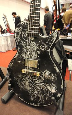 Printer Projects New York Guitar Painting Posts Referral: 3741394759 Guitar Painting, Guitar Art, Music Guitar, Cool Guitar, Prs Guitar, Fender Guitars, Ukulele, All Music Instruments, Bass Guitar Lessons