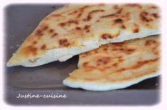 Ce soir je partage avec vous une recette de pains italiens pioché chez Plaisir et Equilibre L'avantage de ces pains c'est qu'ils ne nécessitent aucune levée (grâce à la levure chimique) donc ils sont très rapides à faire et à cuire. Ils sont délicieux,...
