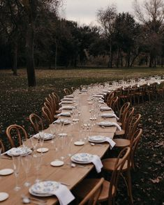 """DOS SANTAS 