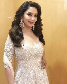 Madhuri dixit Hot and sexy Indian Bollywood actress deshi models very cute beautiful seducing tempting photos and wallpapers with bikini . Bollywood Actress Hot Photos, Indian Bollywood Actress, Bollywood Fashion, Bollywood Stars, Beautiful Indian Actress, Beautiful Actresses, Hot Actresses, Indian Actresses, Madhuri Dixit Hot