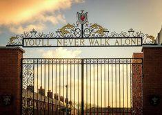 bill shankly gates - Google Search Liverpool Cake, Liverpool Tattoo, Liverpool Football Club, Lfc Tattoo, Bill Shankly, Stairs, Gates, Google Search, Stairway