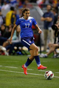 Tobin Heath,a favor del seleccionado femenino estadounidense.