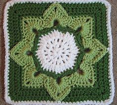 Eight Pointed Flower by Julie Yeager  ~ free pattern on Ravelry