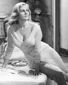 Anita Ekberg in Interpol / pickup alley 1957