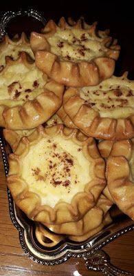Λυχναράκια Κρητικά !!! ~ ΜΑΓΕΙΡΙΚΗ ΚΑΙ ΣΥΝΤΑΓΕΣ 2 Cookies, Pastries, Sweet, Desserts, Food, Crack Crackers, Candy, Tailgate Desserts, Deserts