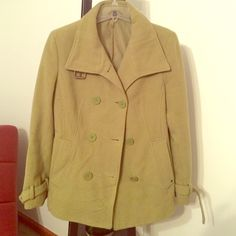 Bright green pea coat! Stunning pea coat in great condition!  Buckle detail in picture two is on neck and cuffs.  Small stud pictures in picture 4 is missing on other pocket but it's not even noticeable. Super warm!!! And I live in Buffalo NY! Jackets & Coats