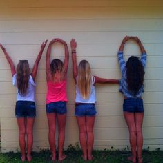 redoing this picture this summer! with @Brooke Luetje @Jaycie David and @Tessie Anstoeter for suurrree :)