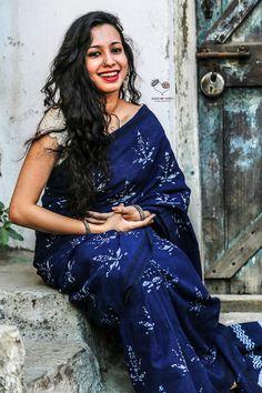 Malkha Leaf Saree Indian Beauty Saree, Indian Sarees, Indian Attire, Indian Wear, Indian Dresses, Indian Outfits, Block Print Saree, Modern Saree, Simple Sarees