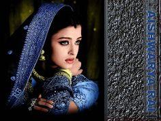 Short biography of Aishwarya Rai. Aishwarya Rai was born on 1 Nov 1973 in Mangalore, Karnataka, India. Aishwarya Rai Wallpaper, Aishwarya Rai Images, Aishwarya Rai Bachchan, Mangalore, Indian Film Actress, Indian Actresses, Bollywood Celebrities, Bollywood Actress, Bollywood Fashion