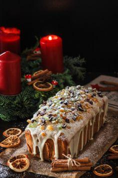 Fruit Pound Cake with Orange glaze – Cau de sucre Xmas Food, Christmas Sweets, Christmas Cooking, Christmas Cakes, Holiday Cakes, Pan Dulce, Sweet Recipes, Cake Recipes, Dessert Recipes