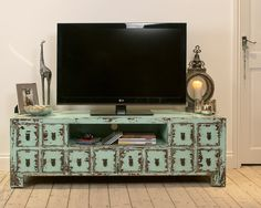 Gentil Ocean Blue TV Cabinet   With Ample Storage Space For All Your Accessories  And A Funky Distressed Finish, This Is The Perfect Addition To Any Living  Room.