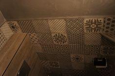 32 beste afbeeldingen van tegels tiles diy bathroom tiling attic