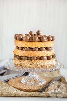 Chocolate naked cake con maltesers - I love bundtcakes