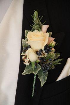 Flower Design Events: Rich Antique Cream Rose Boutonniere