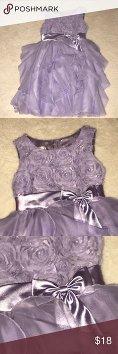 Girls beautiful dress Beautiful dress, my daughter only worn once for her sister vpk graduation, perfect condition American Princess Dresses Formal